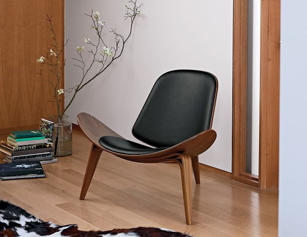 Wooden Shell Luxury Chair