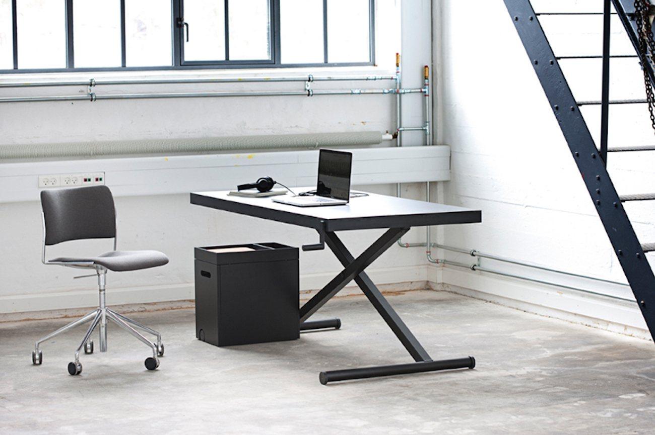 xtable manual adjustable desk