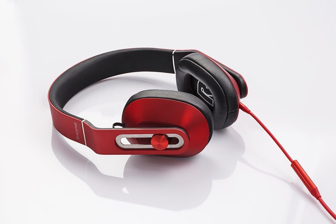 1More MK801 Over-Ear Headphones