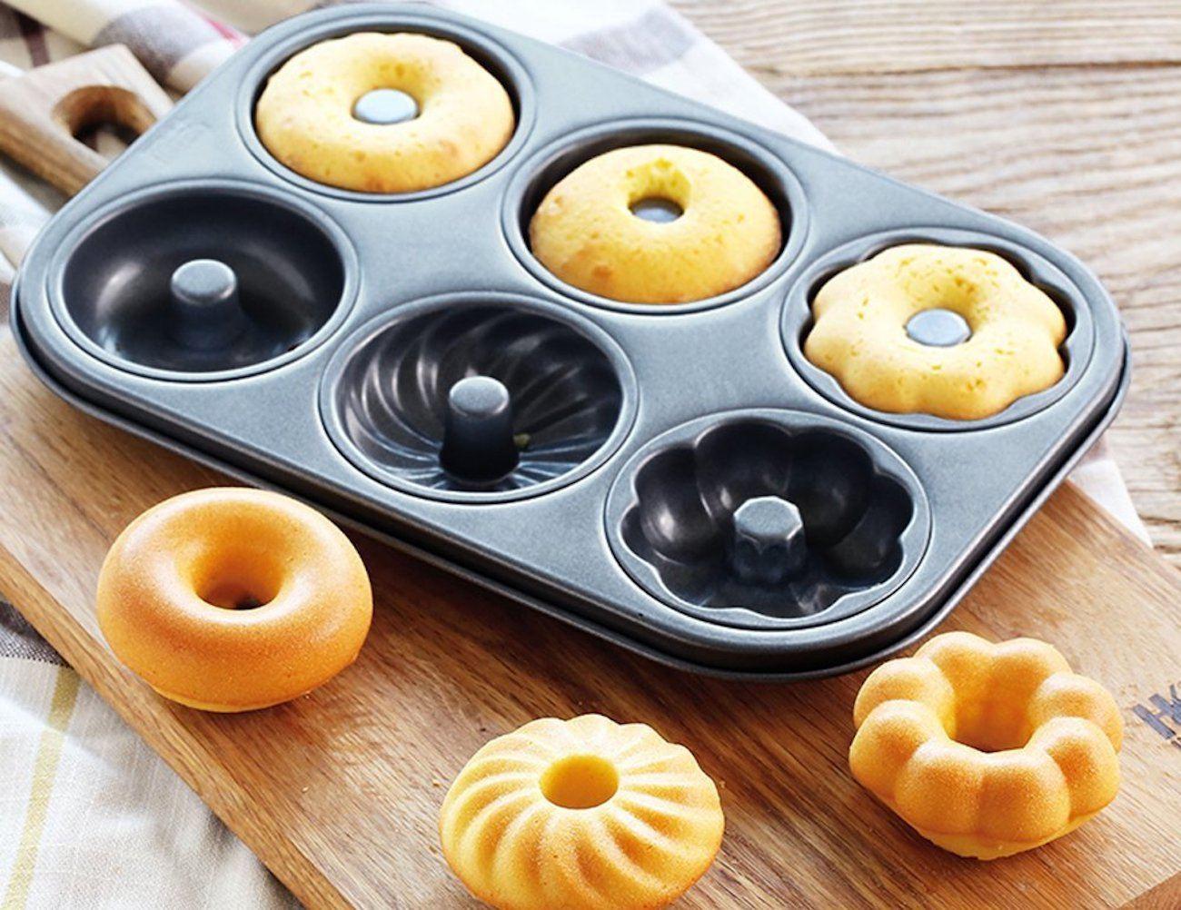 B&Y Non-Stick Cupcake Tin