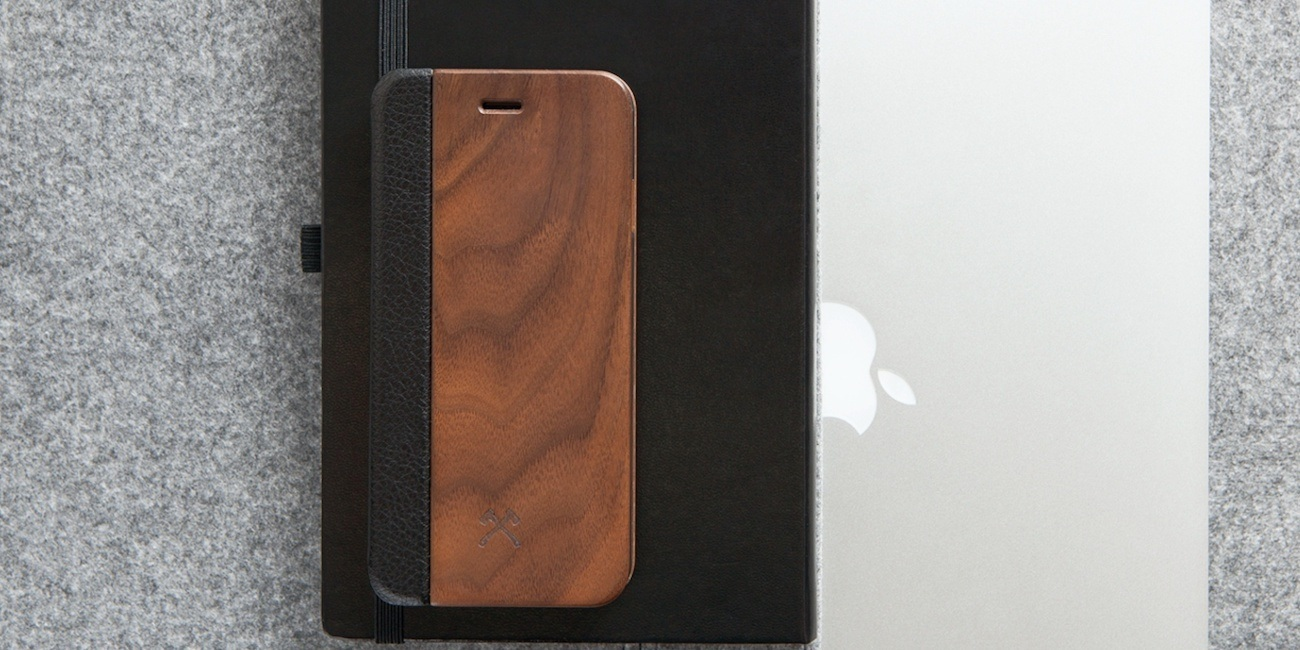 EcoCase Wooden iPhone Flip Cover