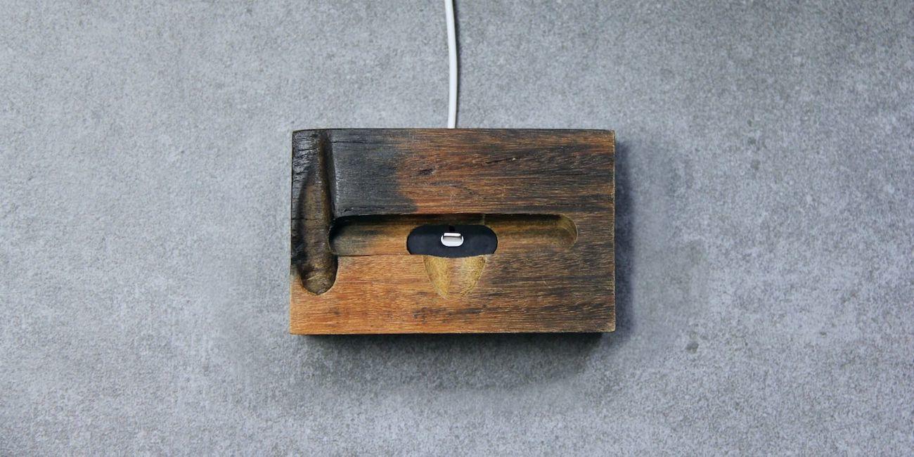 EcoDock Wooden iPhone Dock