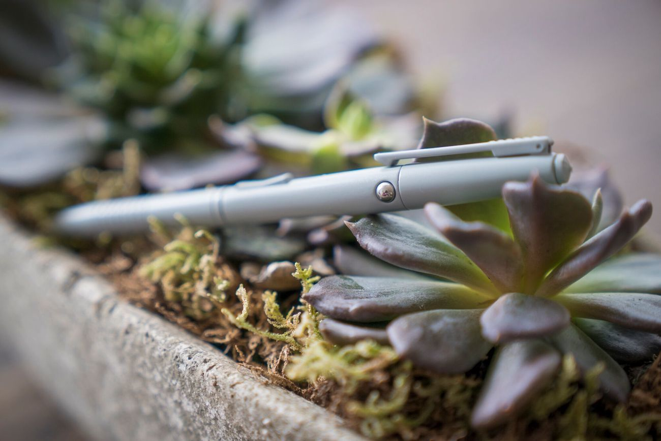 Fidgi Pen 7-Feature Fidget Pen