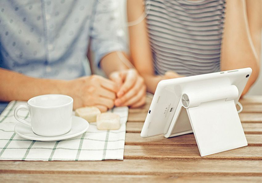 Ergonomic Flexible Phone or Tablet Stand