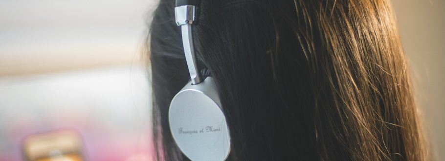 Francois et Mimi ANC Bluetooth Headset Offers All-Day Comfort
