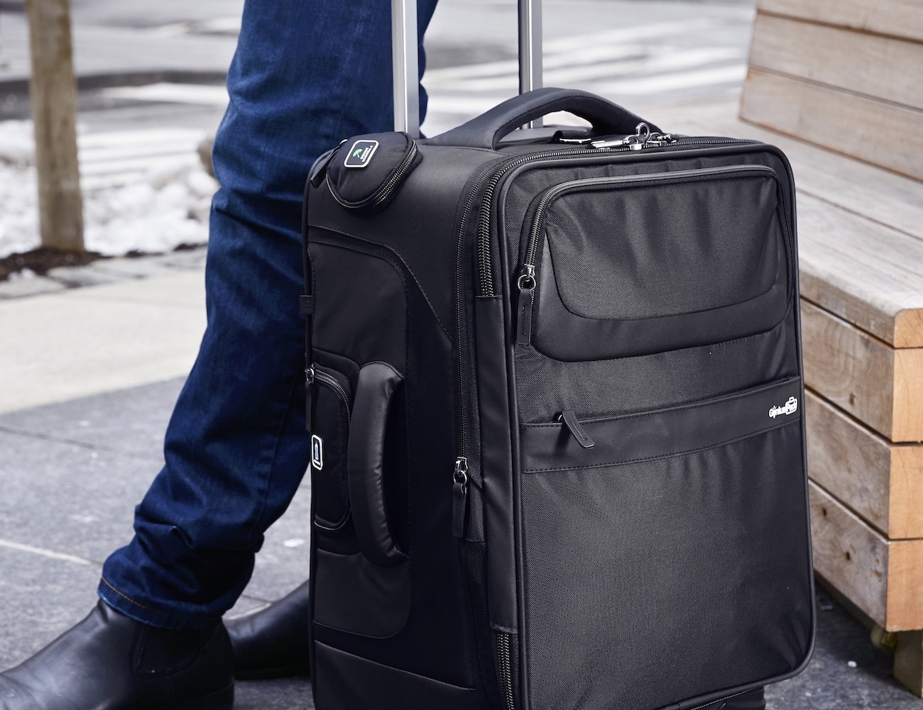 Genius Pack G3 Carry-On Spinner