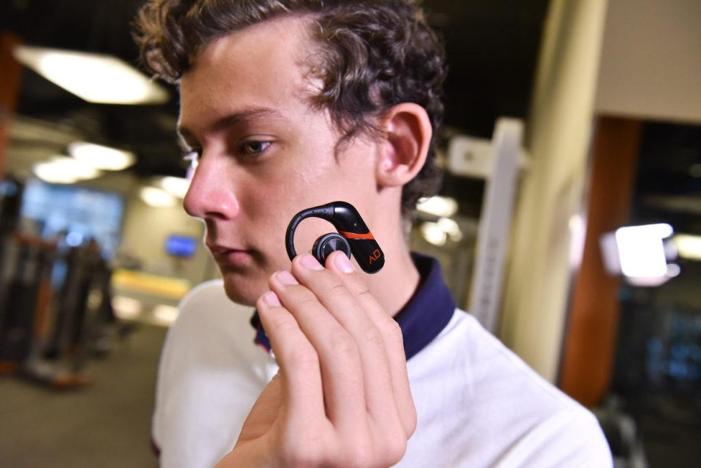 JAAP Secure Wireless Earphones Won't Budge as You Move