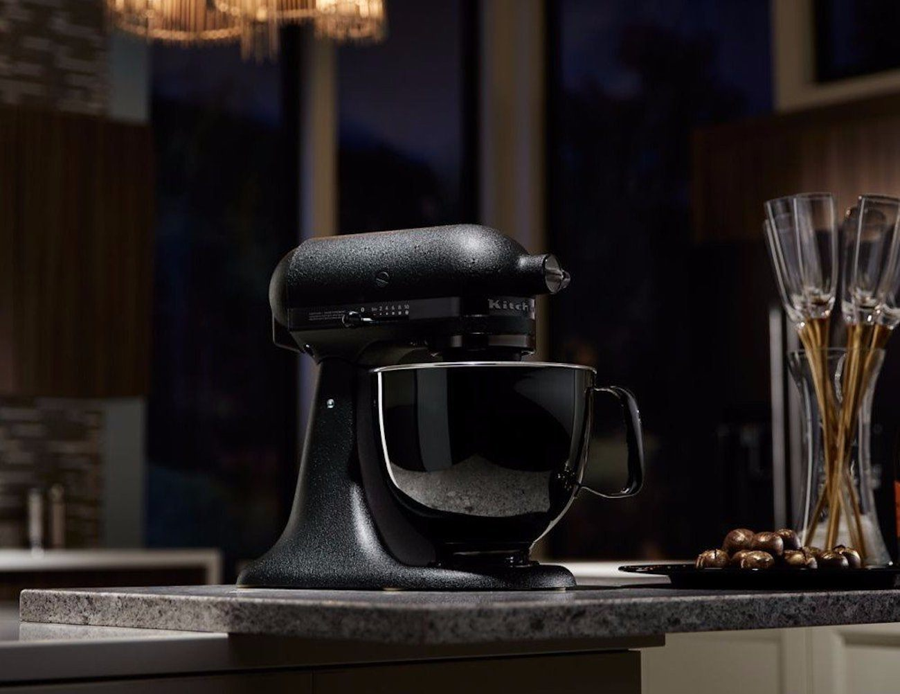 kitchenaid artisan black tie mixer review the gadget flow. Black Bedroom Furniture Sets. Home Design Ideas