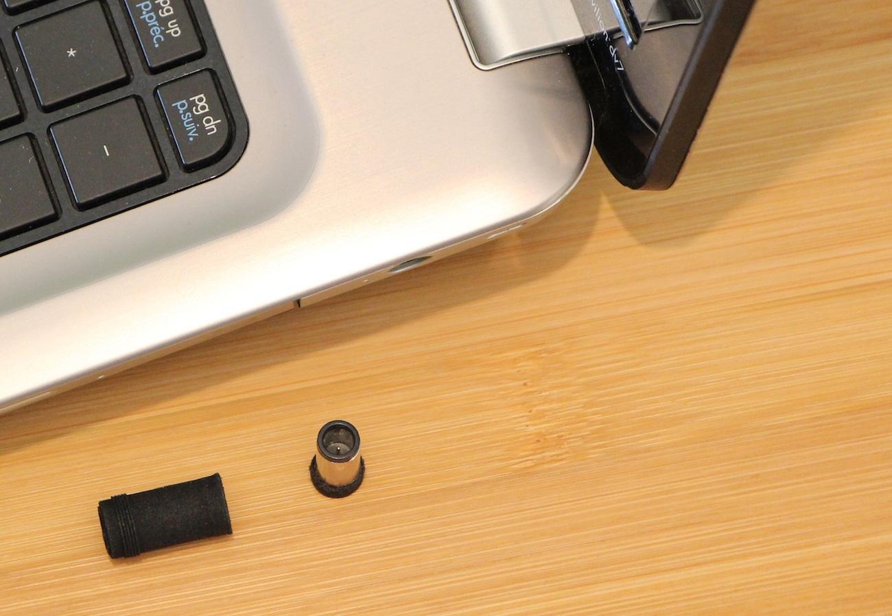 Lexes Magnetic Snap Laptop Plug