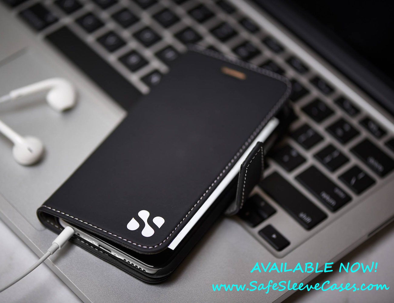 Safesleeve+Case+Protects+Smartphone