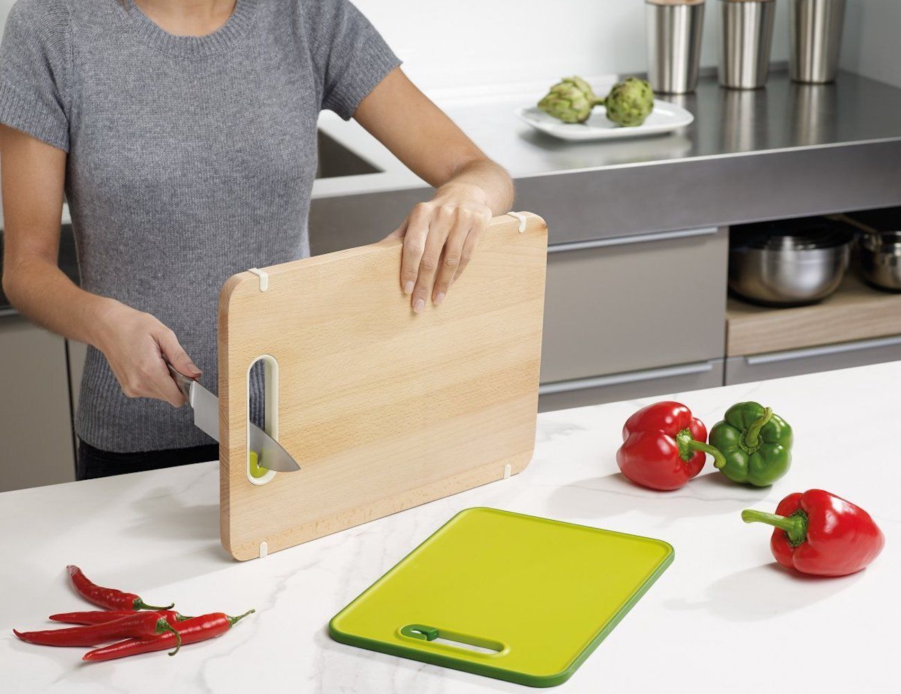 Slice&Sharpen Wood Cutting Board
