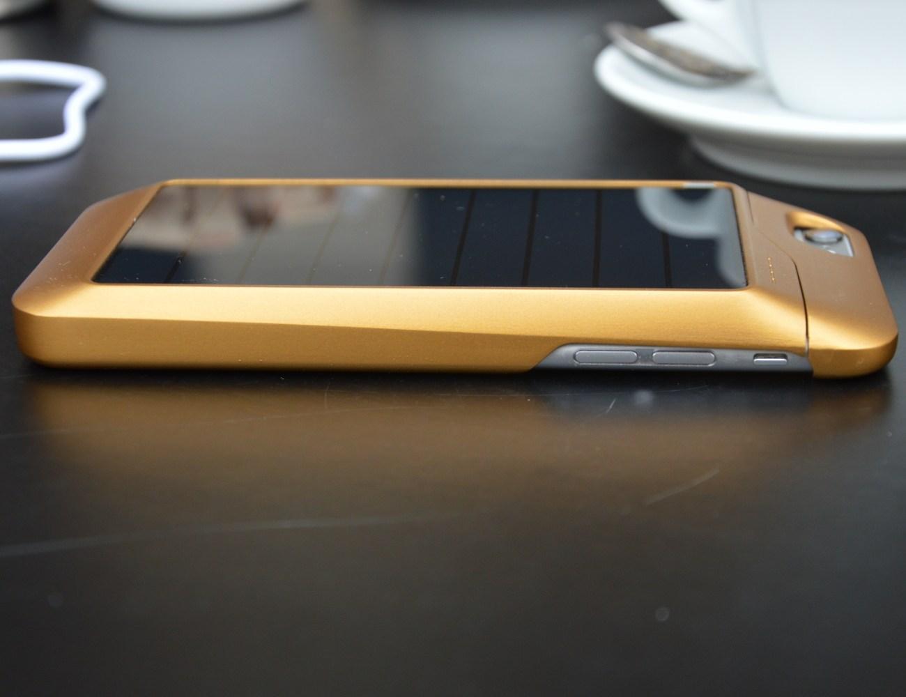 Sunthetic Ultra Thin Solar iPhone Case
