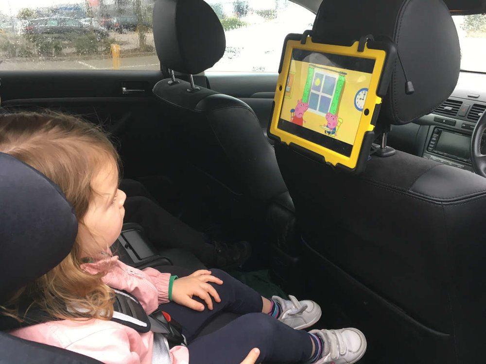 TabletHookz Universal Secure Tablet & Smartphone Mount