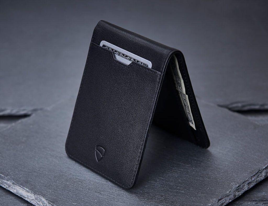 Vaultskin+MANHATTAN+Slim+RFID+Bifold+Wallet