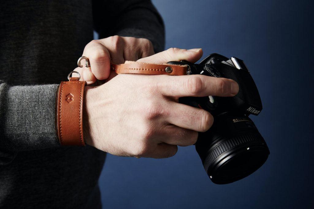 Adjustable+Leather+DSLR+Wrist+Strap