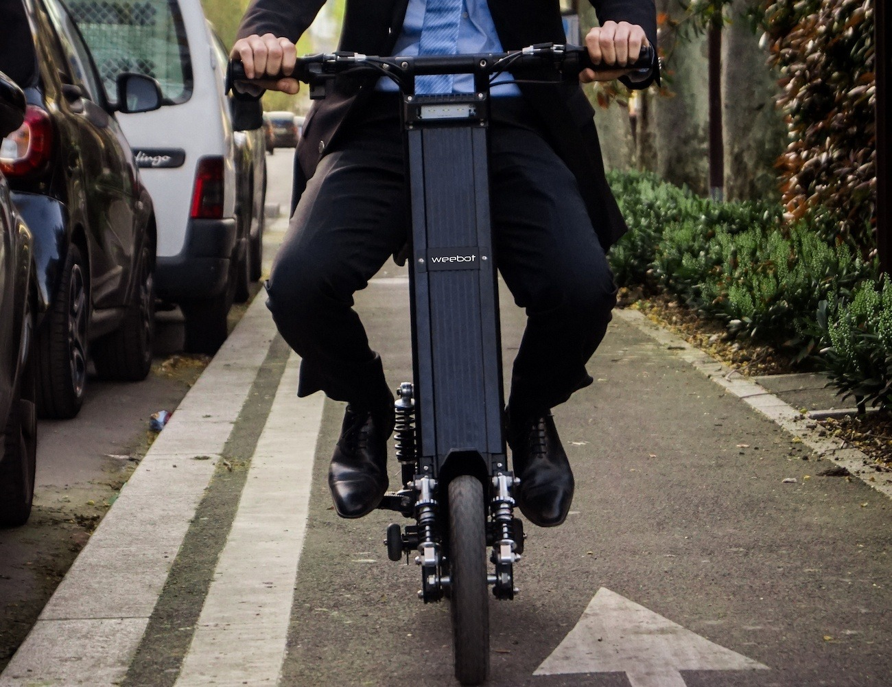 The Aero Foldable e-Bike is a smarter way to commute