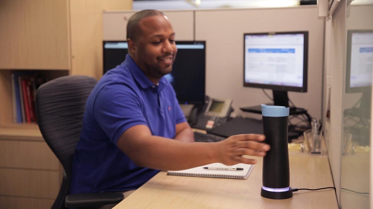 AquaGenie Smart Water Bottle