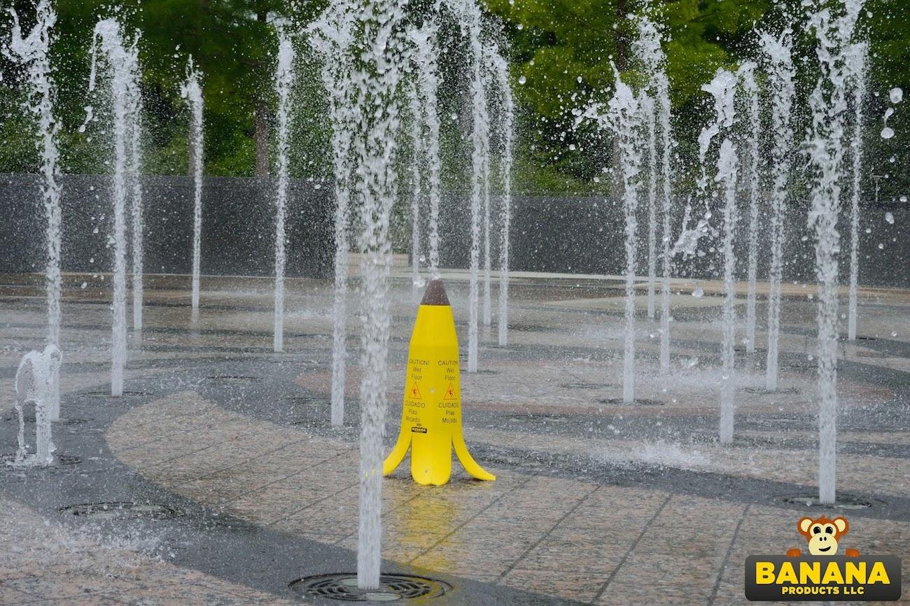Caution! Wet Floor Banana Cone Set