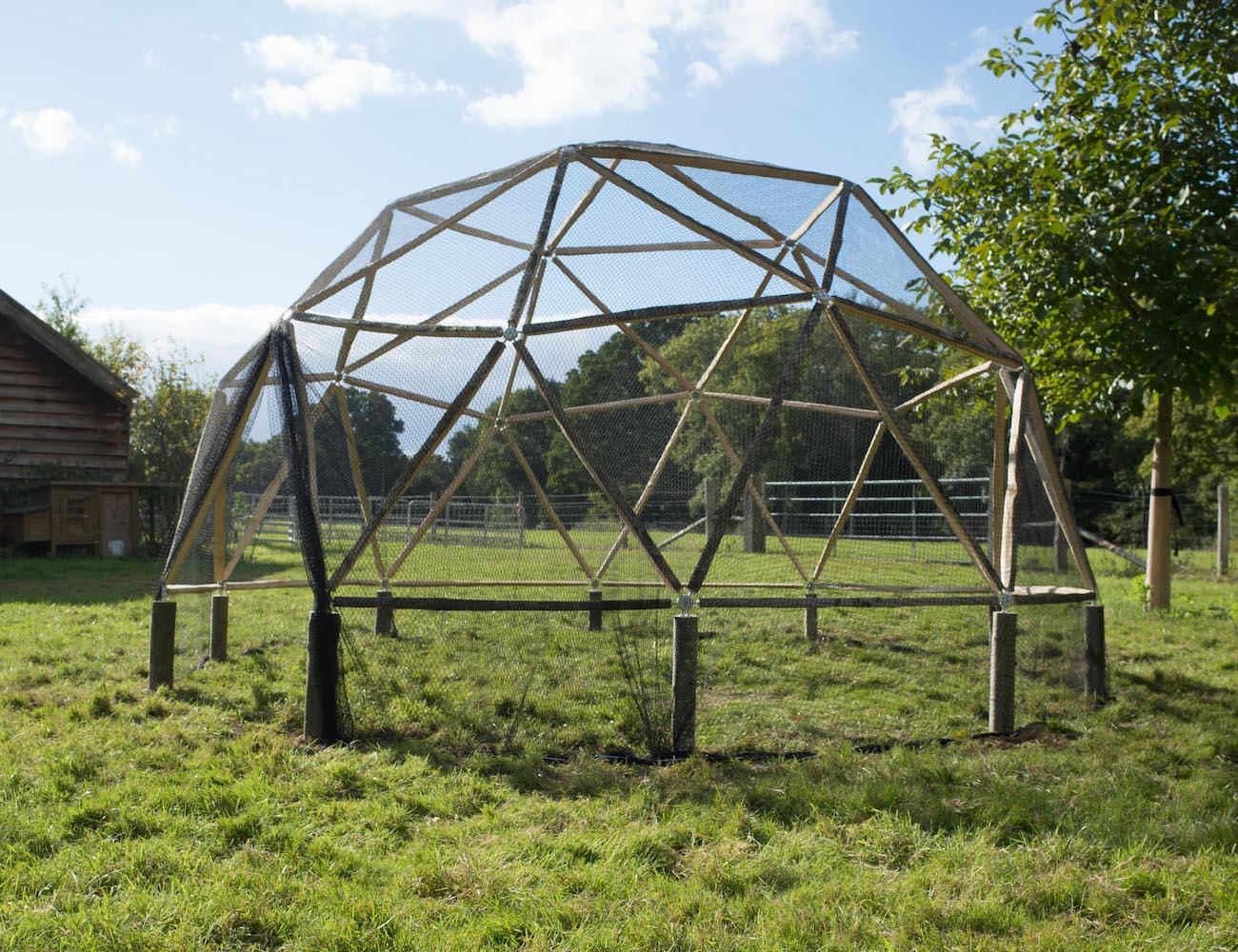 Hubs DIY Garden Dome Kit » Gadget Flow