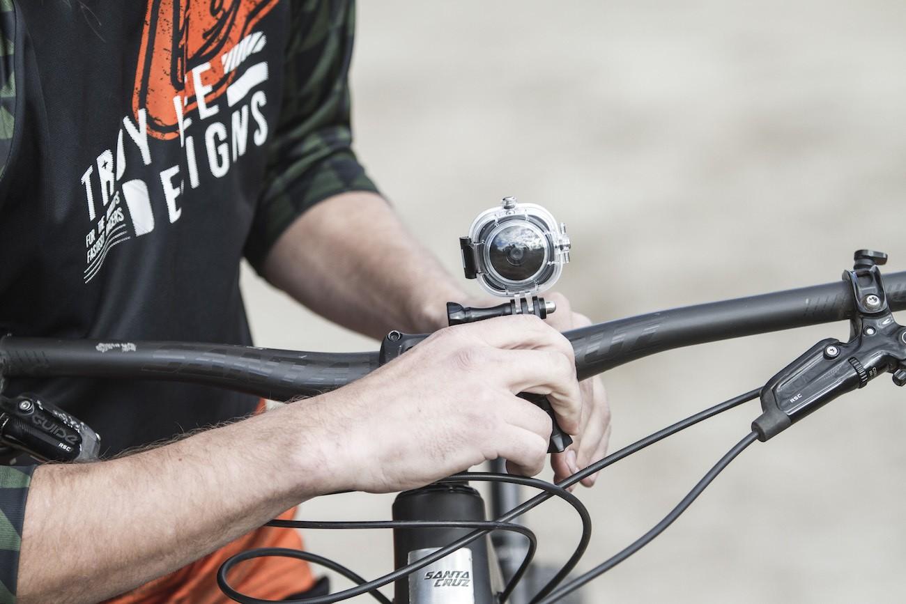 NeoMe Mini Wearable Video Camera