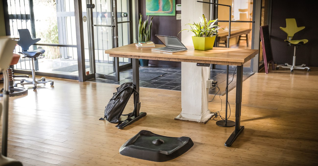 Topo Standing Desk Mat