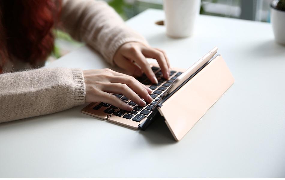 Universal Wireless Keyboard