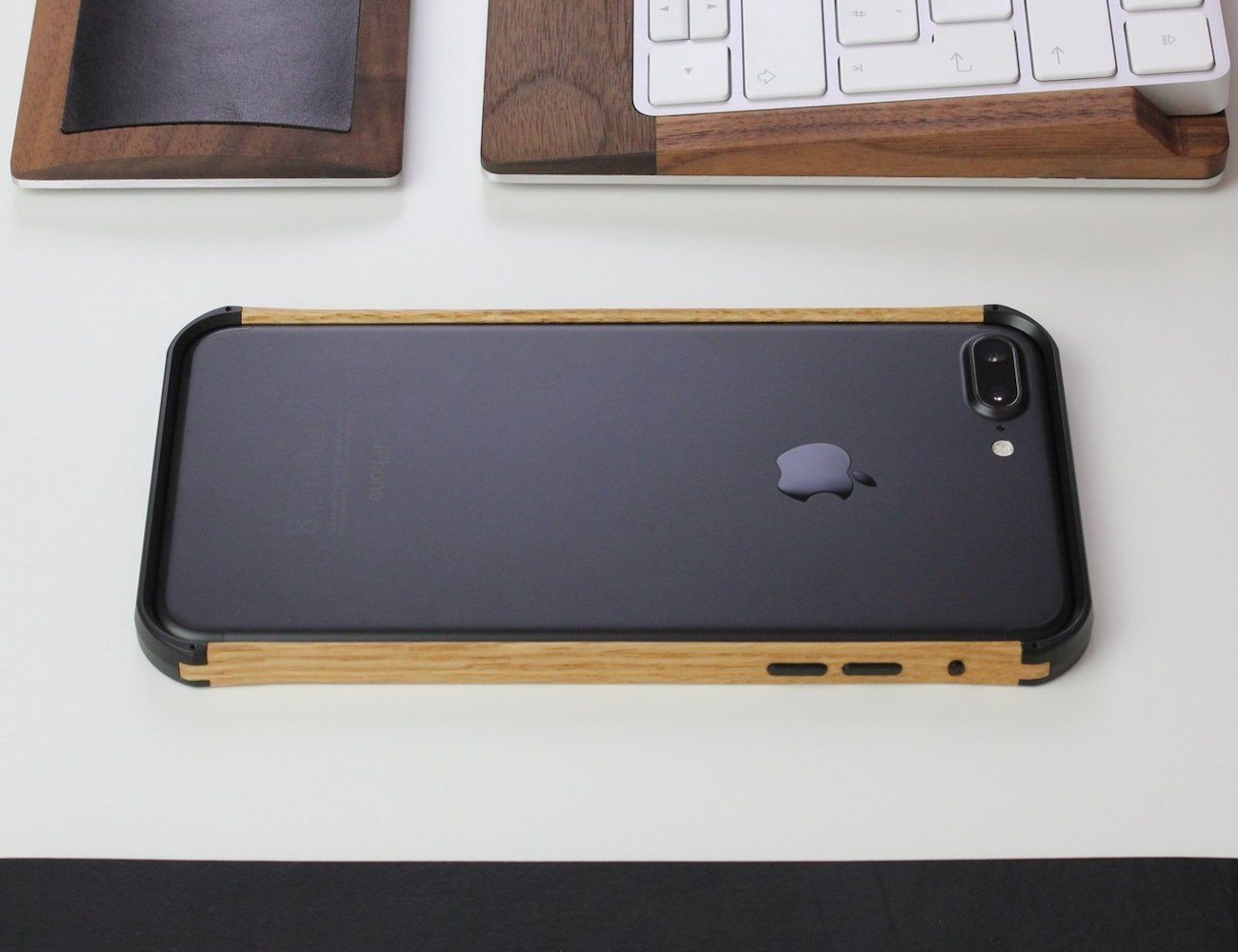 VESELcase Wood iPhone 7 Plus Case