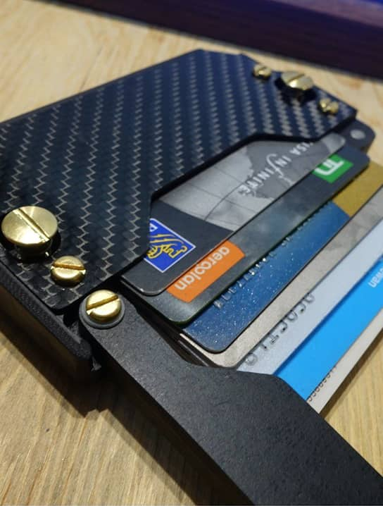 Discover Credit Card Sign In >> Arceo Wallet Magnetic Carry System » Gadget Flow
