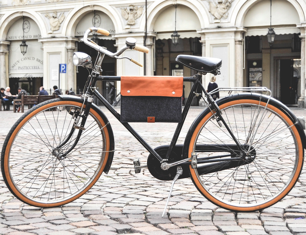 Escuro Premium Bicycle Bag