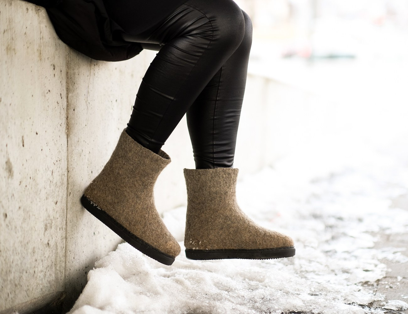 Felt Forma Women's Eco-Friendly Wool Snow Boots » Gadget Flow