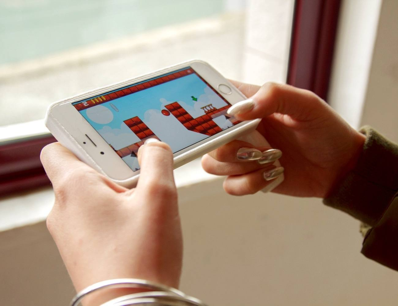 Gamller Smartphone Gaming Controller and Kickstand