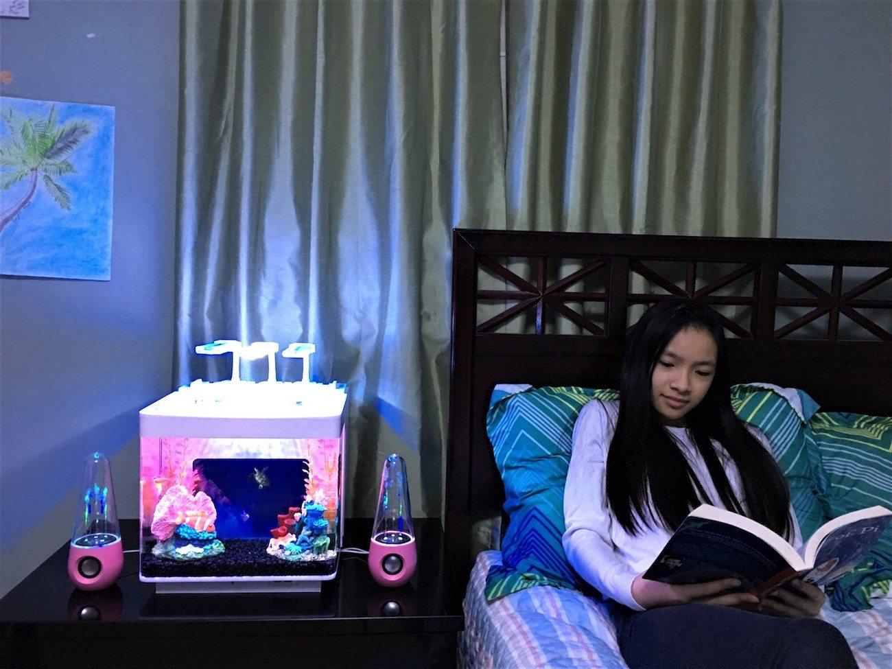 IQUARIUM i3G Tablet Backdrop Aquarium