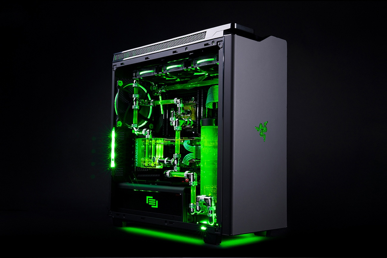 Maingear R1 Razer Edition Elite Gaming PC