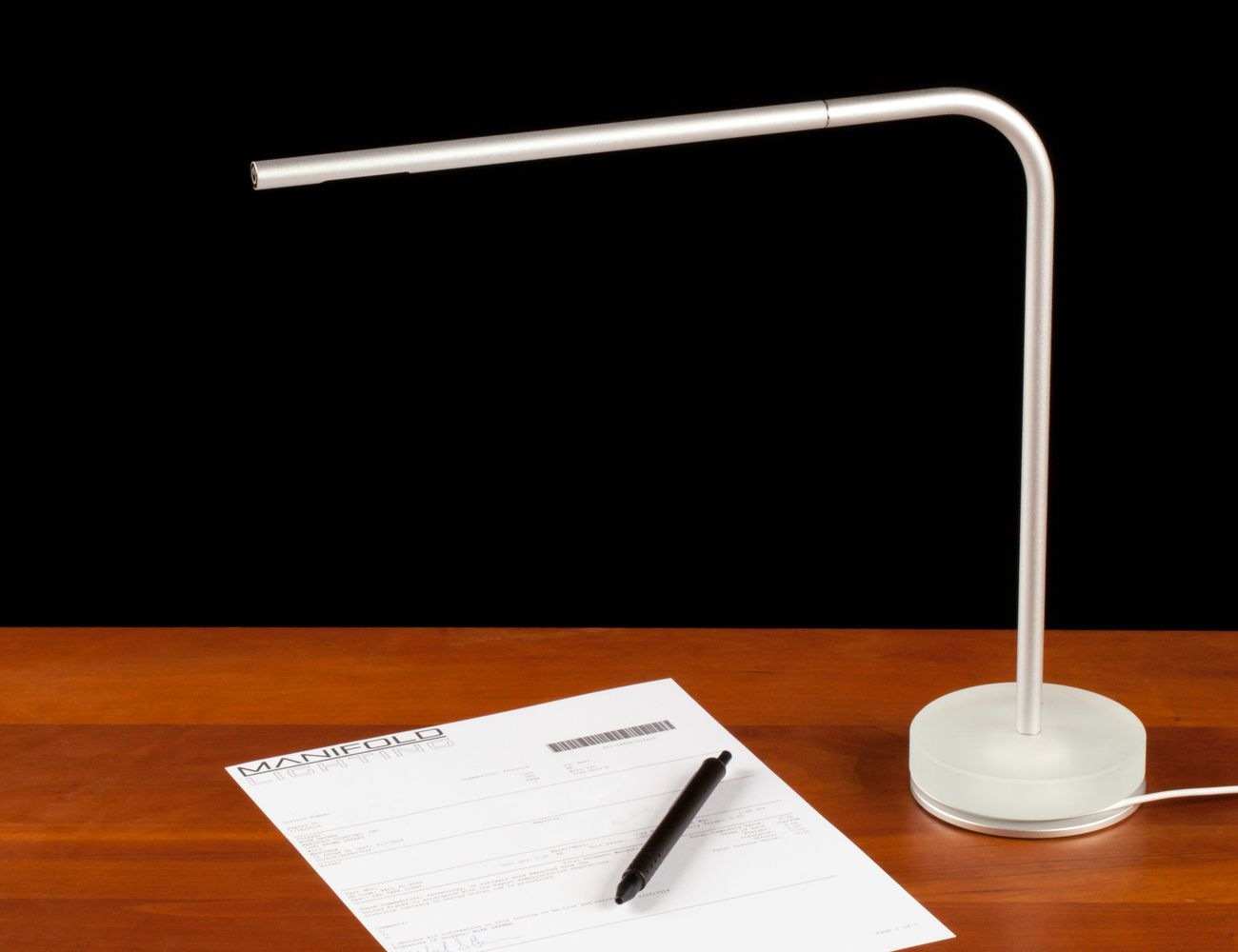 Manifold Piccolo USB Desk Lamp