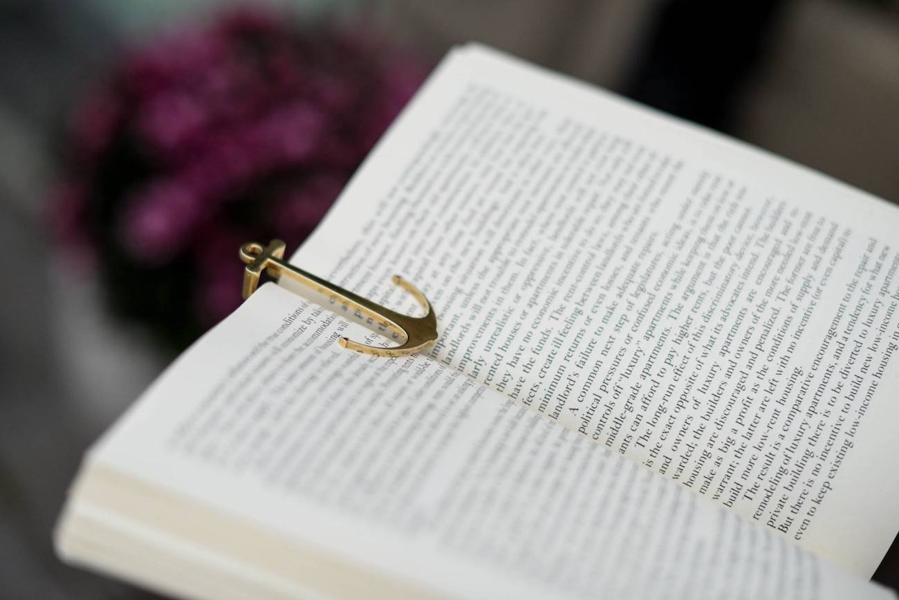Page Anchor Bookmark Pin