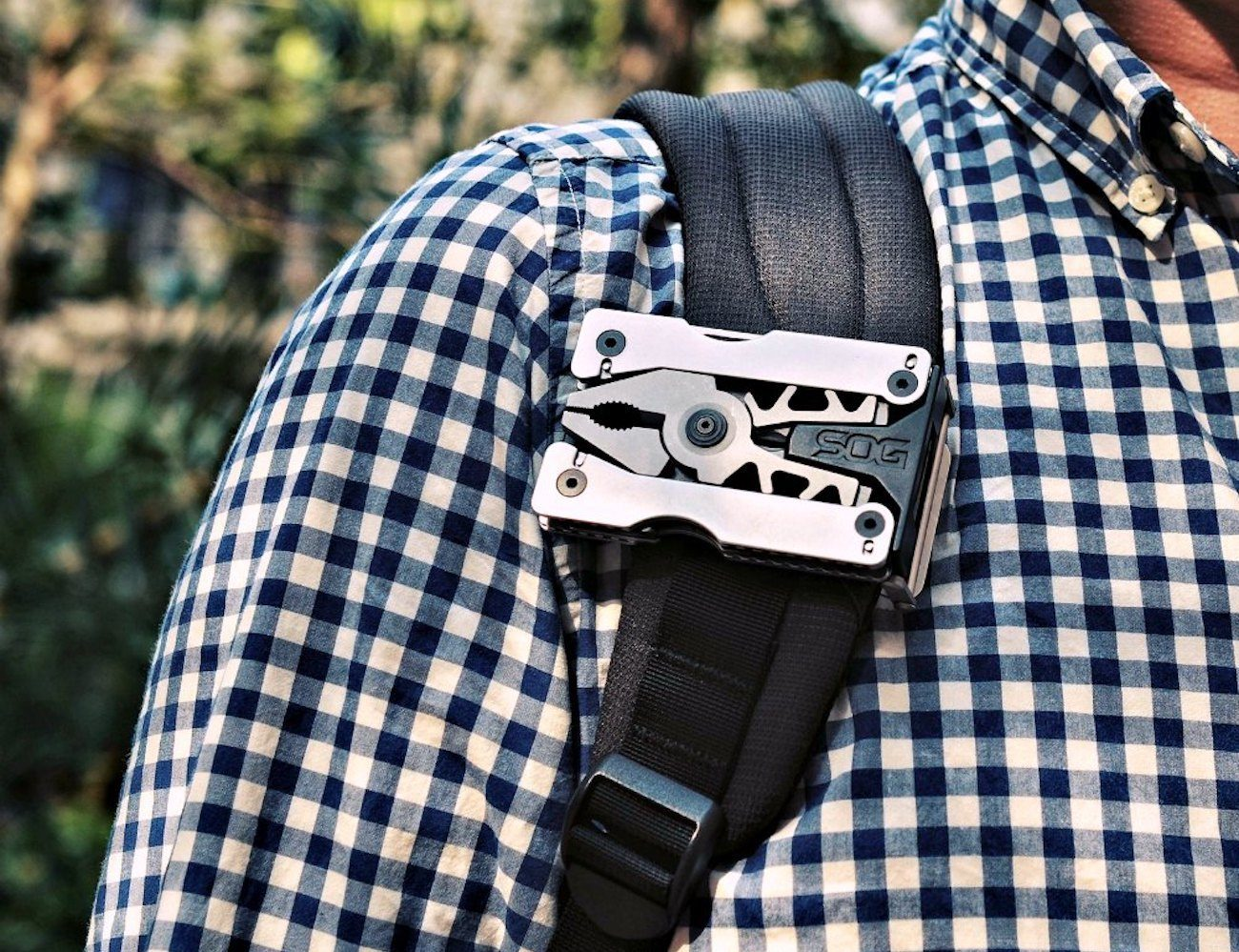 SOG Sync II Multi-Tool Belt Buckle