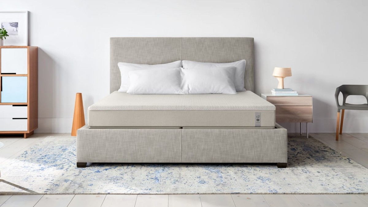 Sleep Number 360 Smart Bed Responsive Mattress has individual layers that balance the temperature