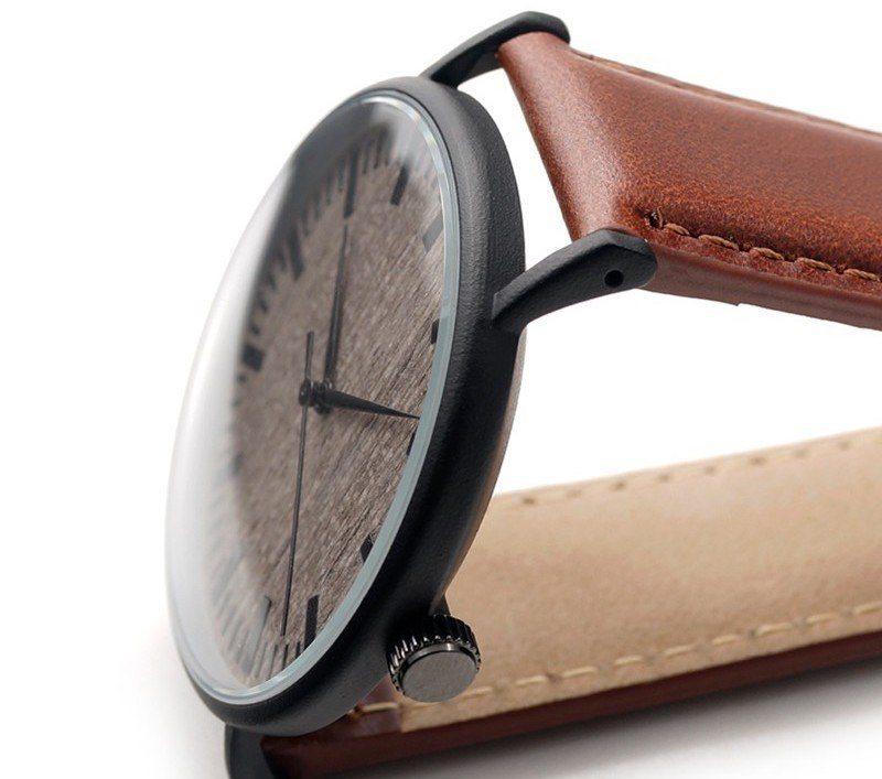 Vintage Themed Quartz Watch