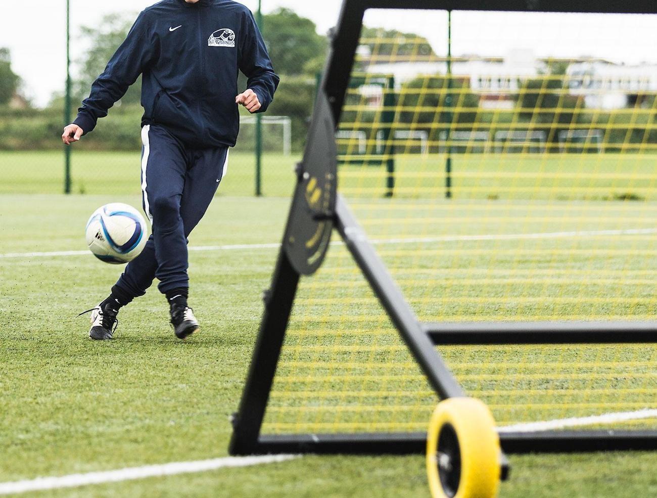 m-station Soccer Rebounder Training Net