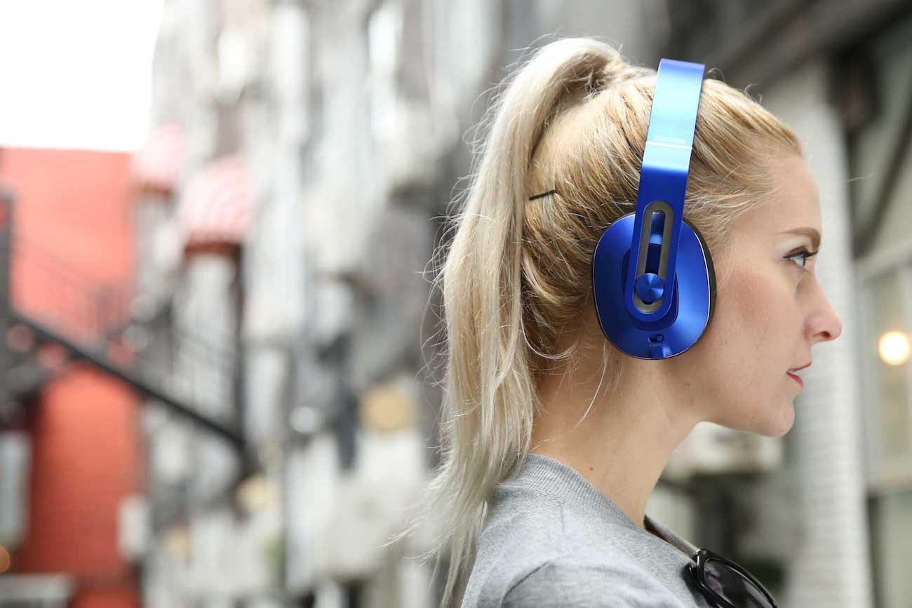 1MORE MK802 Bluetooth Over-Ear Headphones