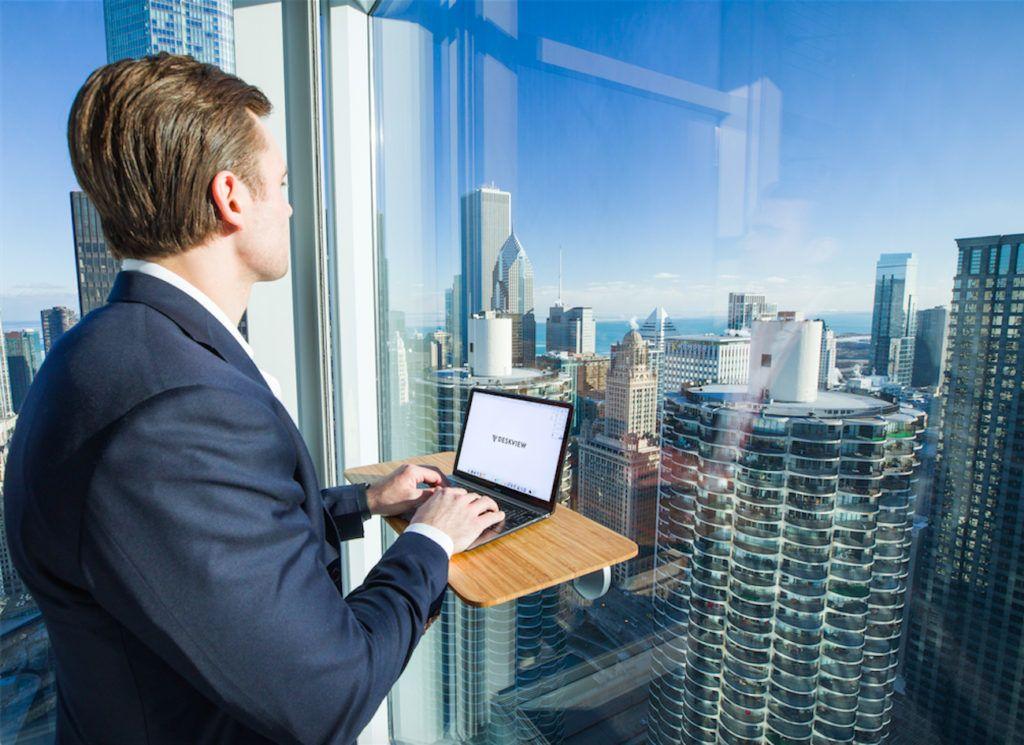 DeskView+Lightweight+Standing+Desk