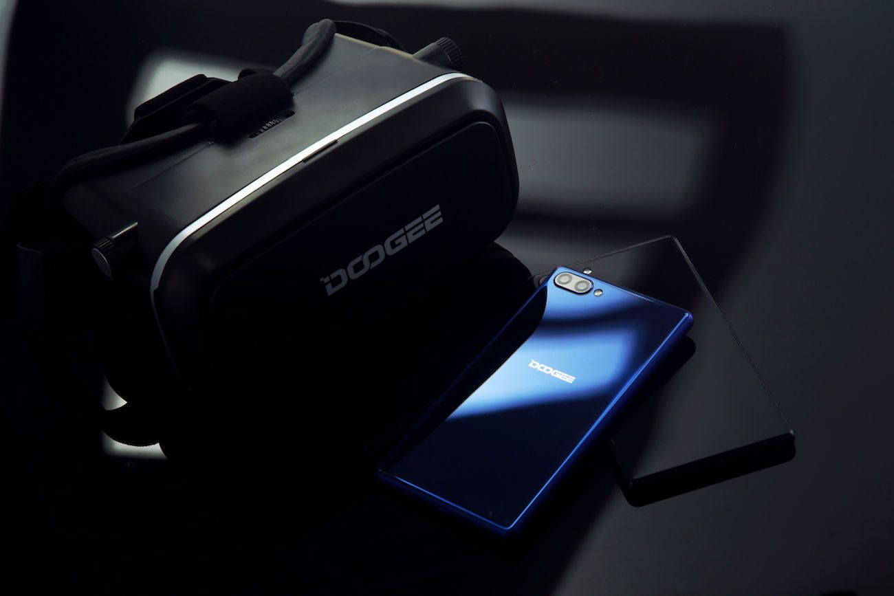Doogee Mix Bezel-Less Smartphone