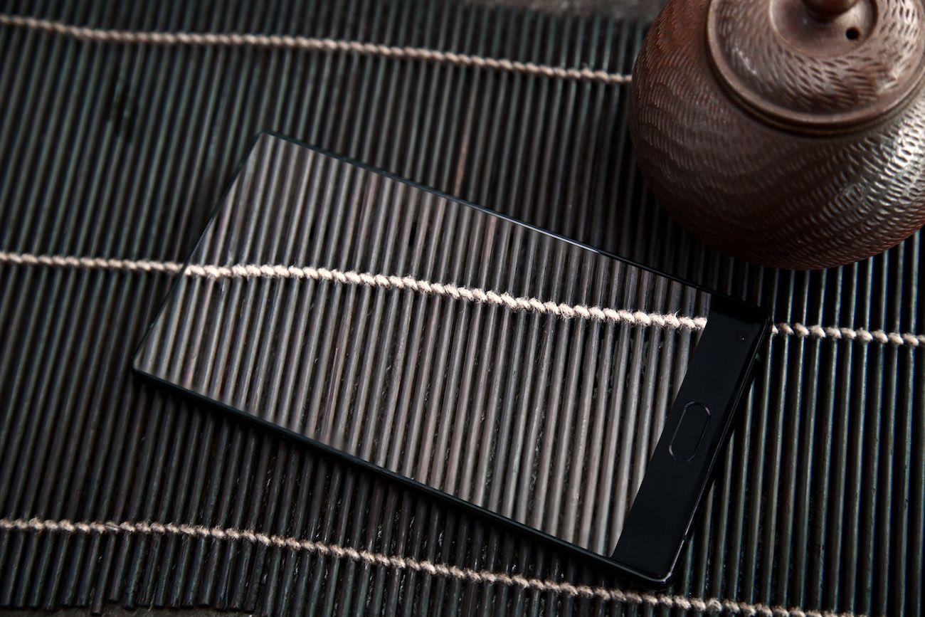 Doogee Mix Bezel-Less Smartphone