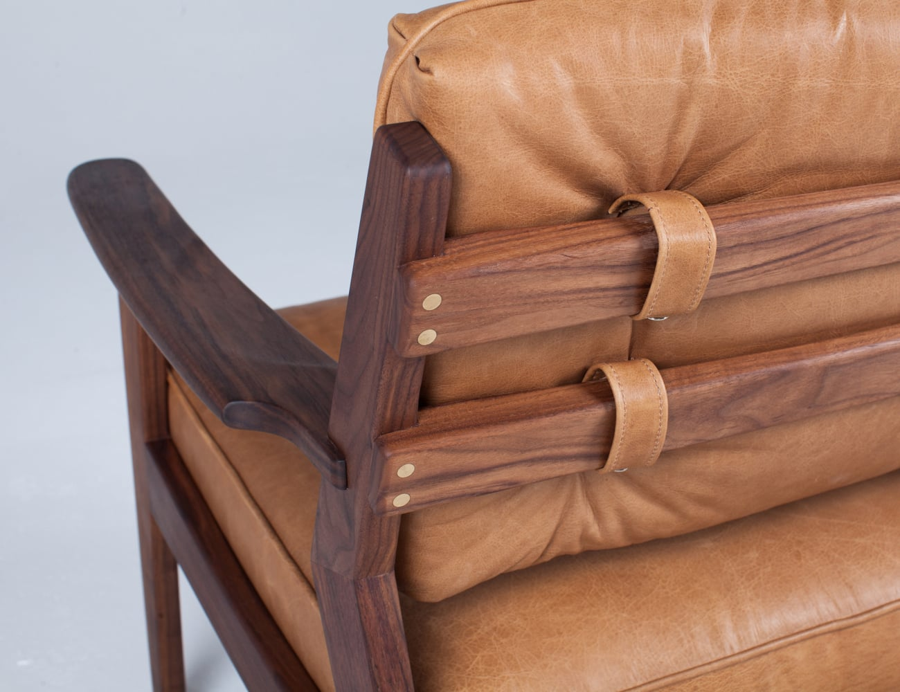 Dreamer's Mid-Century Reclining Chair