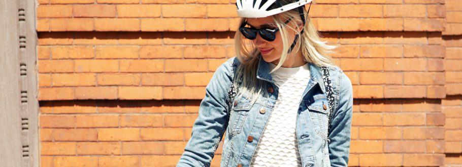 This Amazing Bicycle Helmet Is Completely Collapsible