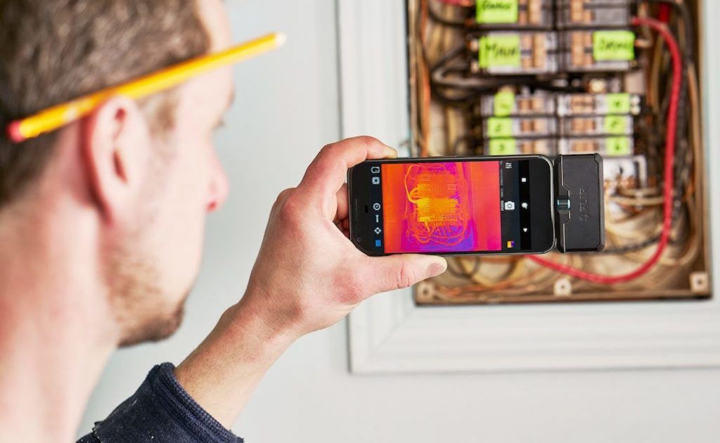 FLIR+ONE+Pro+Thermal+Imaging+Camera+Attachment