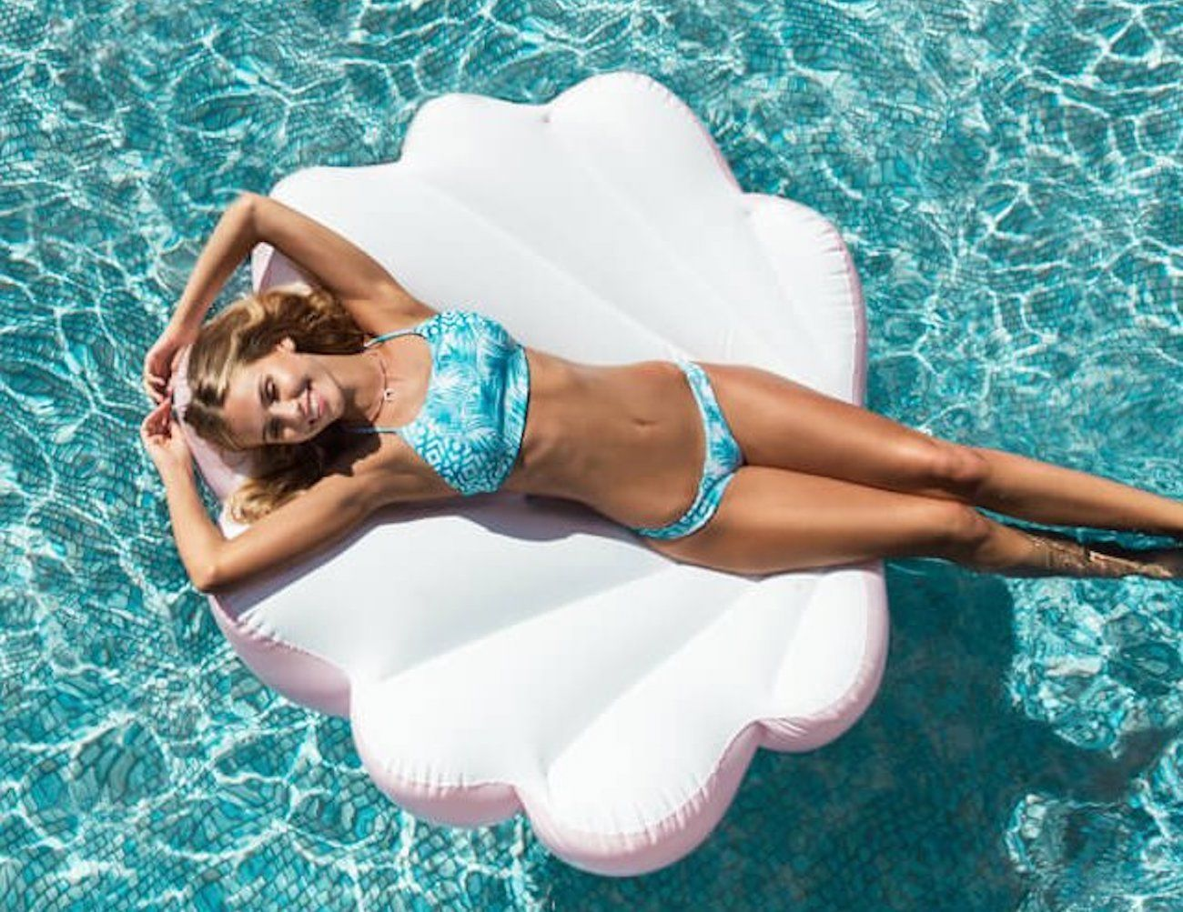 Floaty Inflatable Clamshell Float
