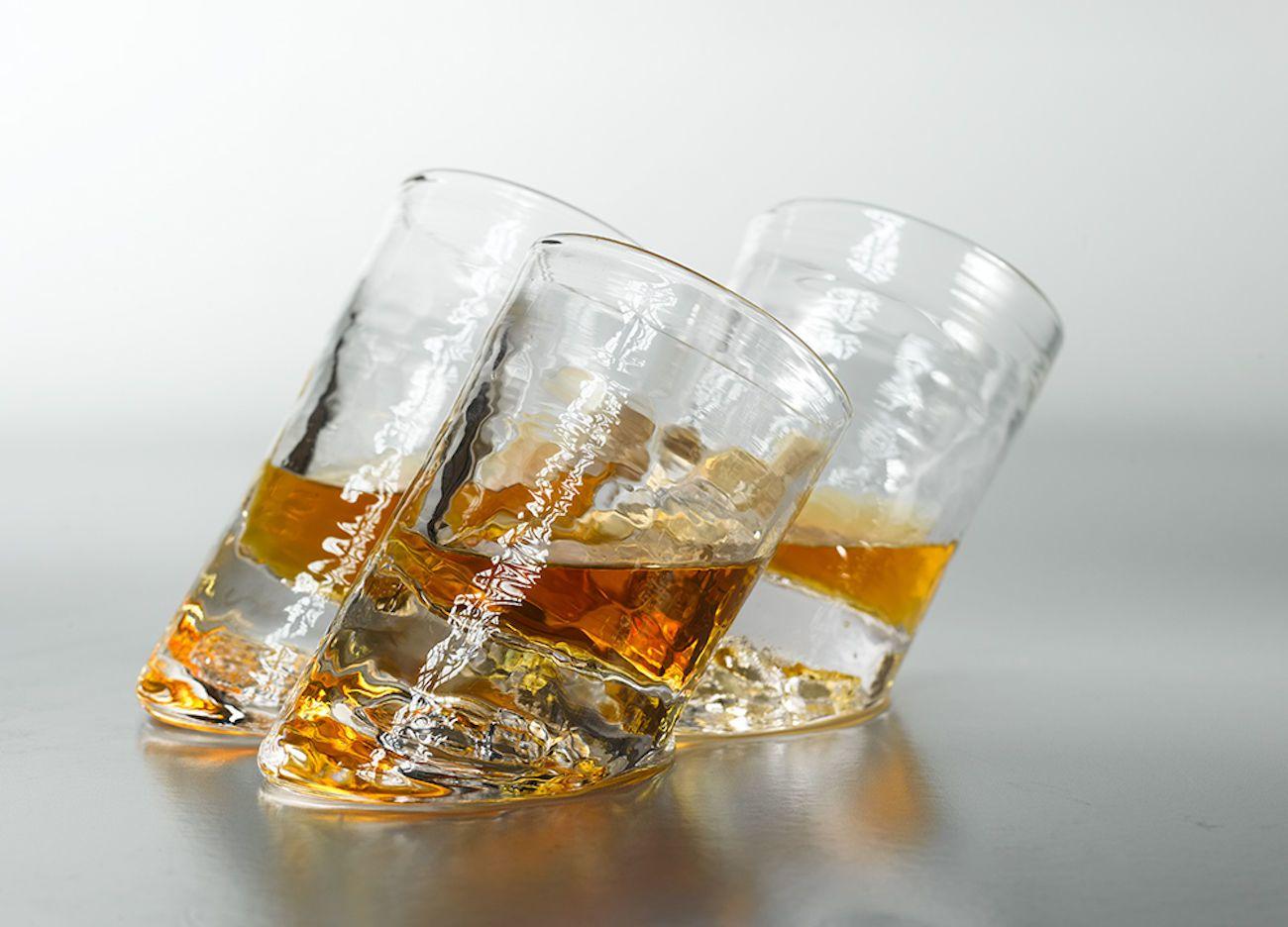 Glassblower Ben Slanted Bar Glasses hold more when held upright thumbnail