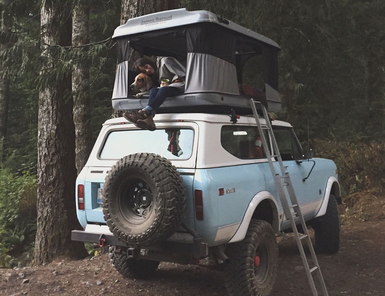 Evasion Evolution Vehicle Rooftop Tent
