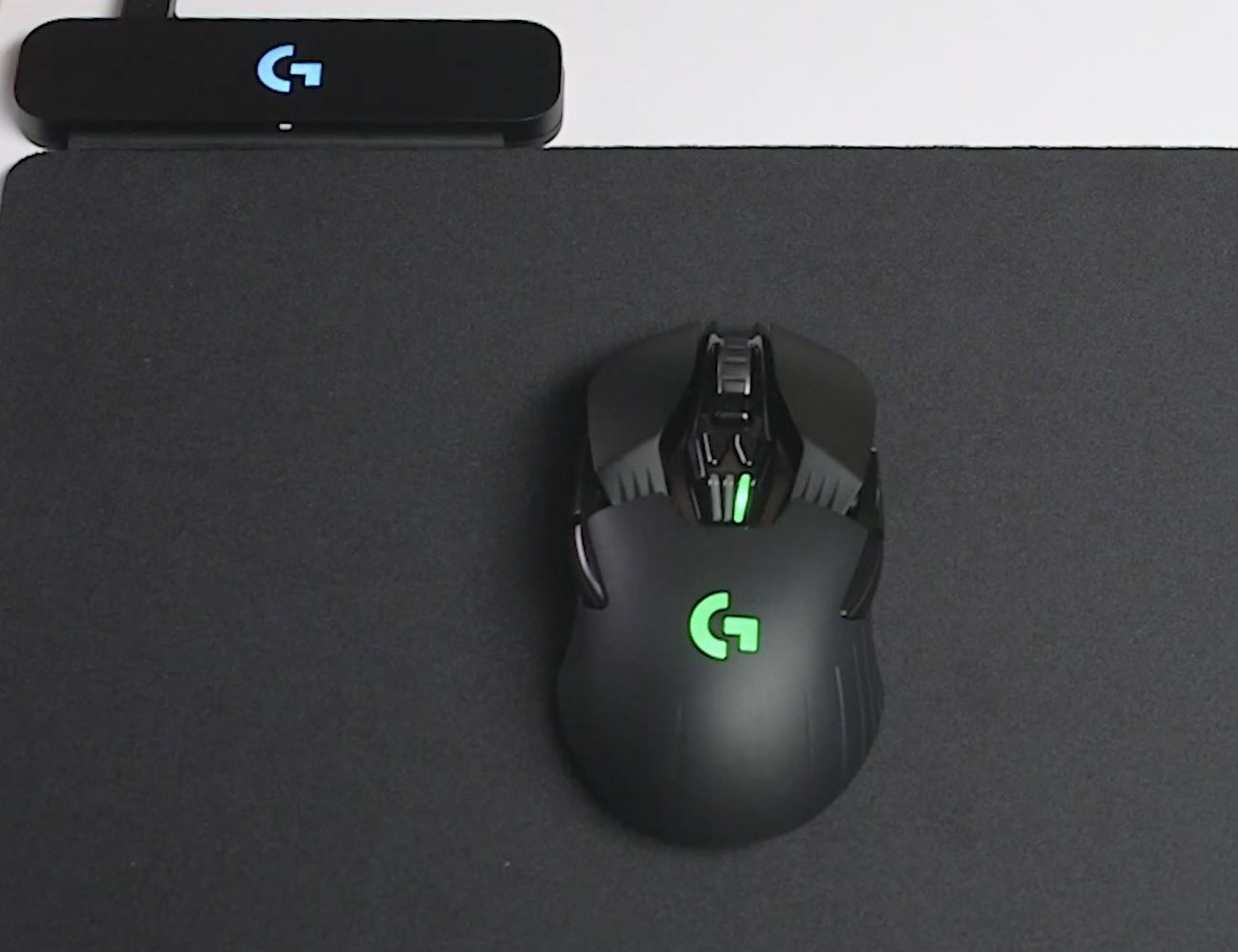 Logitech Powerplay mouse mat